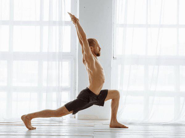 tap-yoga-de-phat-trien-chieu-cao-toi-uu